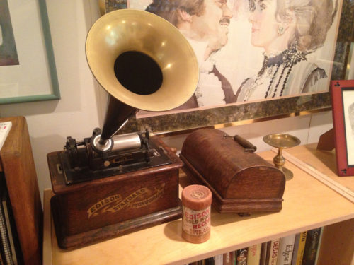 Cylinder Phonograph of the era